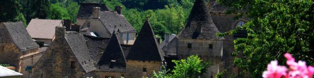 Panoramique Toits De Saint Genies