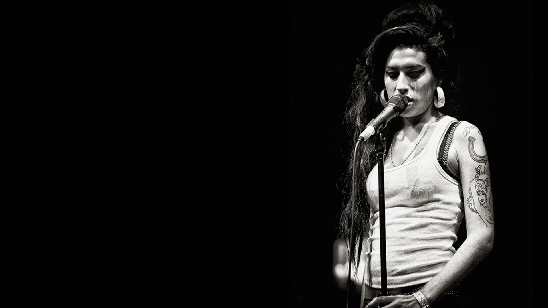 Amy Winehouse Carole Epinette